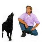 hombre-y-perro-ladrando